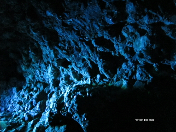 caves under UV